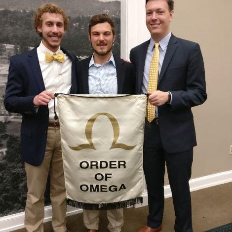Kappa Rho members inducted into Order of Omega (Samford 20170328)